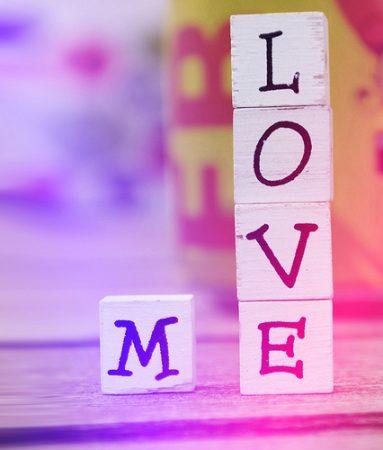 صورة صور كلمه بحبك , كلمه بحبك بشكل شيك