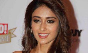 صور الممثلة الهنديةكرو