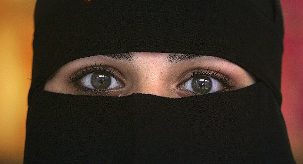 صورة صور عيون جميله بالنقاب 103 4