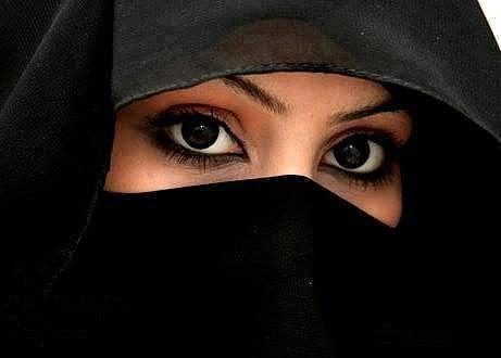 صورة صور عيون جميله بالنقاب 103