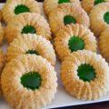 حلويات العيد/ حلوى اقتصادية ببيضة واحدة فقط سهلة التحضير وبكمية كبيرة -  YouTube