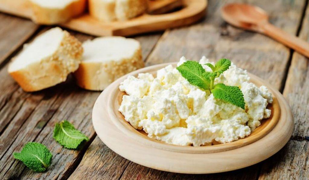 تفسير حلم الجبنة القريش فالمنام للعزباء و المتزوجه و الرجل
